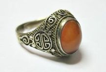 Antique & Vintage Rings