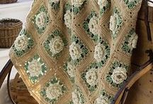 AFGHANS Crochet / by Shelly Spradlin