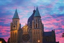 Magical Maastricht / Discover the vibrant city of Maastricht. Charming and cosmopolitan, Maastricht is known for its stunning architecture, University and fantastic shopping.