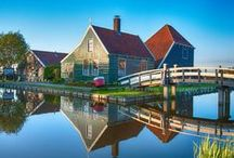 Study Trip: Dutch Weekend / The quintessential Netherlands experience. With it's wooden windmills, barns, houses and museums built in the typical Dutch architectural style Zaanse Schans is a must see on your stay in the Netherlands. Check out some of the traditional crafts such as clog and cheese making whilst you're there too.  Luckily for you CES takes many of it's students here every semester.