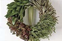 Wreaths / by Juanita Mullet Weaver