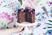 Cakes / by Naara Silva