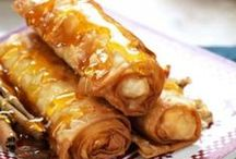 to eat / by Maiara Donancia