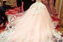 Vestidos de novia / Vestidos y accesorios de novia
