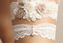 Aro, anillo y pulcera / Brillante decorado