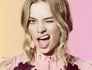 !Margot Robbie