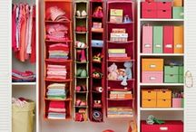 Inspiration for home organizing / If you're in a mess at home, check out our DIY ideas for organizing your house.