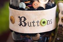 Button Up! / Using buttons for decorating, crafts, jewelry etc.