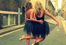 Bachelorette :)   / PARTY !