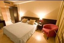 Habitaciones Spa Hotel / Las confortables habitaciones de Spa Hotel Ciudad de Teruel están totalmente equipadas y disponen de televisión HD, teléfono, secador de pelo, aire acondicionado y Wi-Fi gratuito.