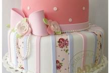 Fondan cakes