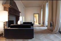 Herringbone Flooring / An engineered wood floor laid in a herringbone pattern looks great in both contemporary and classic interiors