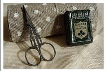 Tijeras,dedales,agujas,etc (Scissors, needles...)