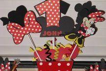 Minnie Mouse Party / Disney birthday party ideas / by Judy Zamora