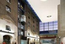 University of the Arts, London / https://www.studentcrowd.com/university-l1003942-s1008538-university_of_the_arts_london-london