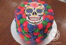 Festa de Aniversário / Bolos, cupcakes e outros doces para festas de aniversário para diversos clientes. Você pode saber mais clicando nesse link: http://www.confeitariadaluana.com.br/categoria/festas/festa-de-aniversario/