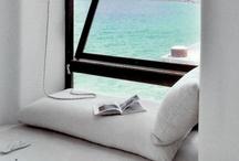 Book nooks / Reading spots that look divine