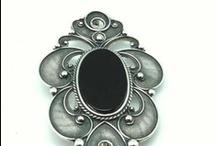 Broches / Brooches / Broches en plata de Ley y piedras Semi preciosas / Sterling silver brooches and Semi precious stones