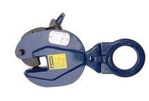 SAC KAPMA- KURT AĞZI / Atlas yatay sac kapma ve dikey sac kapmalar ağır ve taşınması zor metal levhaları sıkıştırma yöntemi ile taşımaktadır.