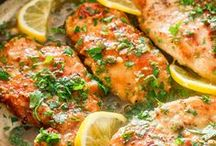 Chicken & Turkey Main Dish Recipes / All the great chicken and turkey options for dinner tonight.  / by Mirlandra's Kitchen
