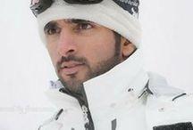 Hamdan MRM: en la nieve 1 / Hamdan bin Mohammed bin Rashid Al Maktoum (Fazza'a) 14/11/1982 . Nombrado príncipe heredero de Dubái el 01/02/2008.   - Padre: Mohammed bin Rashid bin Saeed Al Maktoum.  - Madre: Hind bint Maktoum bin Juma Al Maktoum.