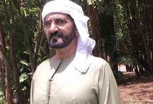 Mohammed RSM: thobe 1 / Mohammed bin Rashid bin Saeed Al Maktoum, 15/07/1949 Vicepresidente y Primer Ministro de los EAU y Gobernante de Dubái   Padre: Rashid bin Saeed bin Maktoum Al Maktoum Madre: Latifa bint Hamdan bin Zayed Al Nahyan