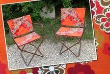 Le mobilier / Sièges, tables de salle à manger et tables basses, guéridons tripodes... tout pour une déco unique et vintage sur www.1ruevintage.com