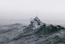 In the Water / Kaltes, klares Wasser