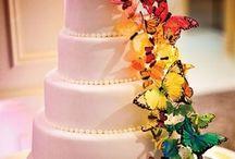 Cakes / by El Mailo