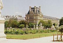 City of love / Paris se suffit à elle même
