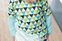 Kinderoberteile & Kinderjacken nähen / Shirt, Hoodie, Sweater oder Cardigan: Der Kälteschutz für Kinder lässt sich ganz einfach selber nähen! Hier gibt's die Schnittmuster und Nähanleitungen für unsere Kleinen