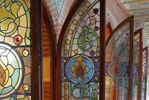 Los Vitrales / Stained Glasses