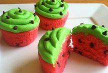Cupcakes / by Julie Blaney