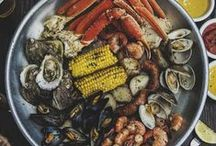 Southern Cuisine / Hilton Head Island boasts more than 250 restaurants representing a wide variety of cultures and tastes.   Visit HIlton Head Island and enjoy our famous local seafood, including shrimp, sweet blue crab and briny oysters.