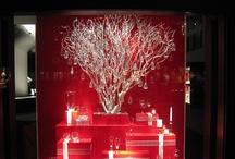 Steuben Glass Store Windows / [info@geoffhowellstudio.com]