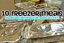Freezer Cooking Recipes / Save time with freezer cooking recipes.