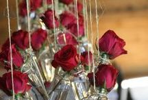 Innovative ideas for wedding flowers / A few clever and innovative ideas for wedding venue decoration, centrepieces and new ways to wear ......