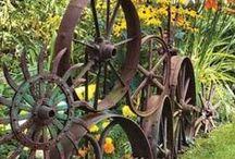 Garden Fences / Ideas for defining your garden