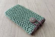 Accessories for electronics / Hand crocheted and knitted accessories for your phone, tablet, e-reader or laptop, made by Izzy's Handicraft!