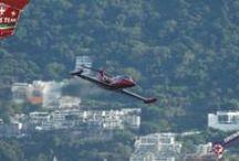Acapulco Airshow 2014 / Acapulco AirShow es un evento realizado por parte del Consejo de Promoción Turística de México y la Secretaría de Turismo del Estado de Guerrero el cual se suma a las festividades de fin de año.  Llevándose a cabo el día sábado 27 de Diciembre del 2014, contando con personalidades de renombre en el mundo de las acrobacias aéreas,  la bahía de Santa Lucía es el escenario principal.