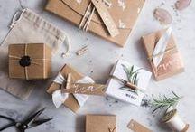 Emballages / Car il y a le plaisir d'offrir, mais aussi, celui de déballer!