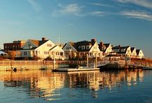 Mystic, Connecticut  / Scenes from the town we love, season after season.