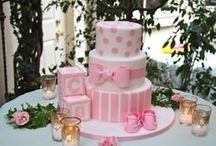Let Them Eat Cake / Spectacular looking cakes for your gender reveal or baby shower! For inquires on hosting your gender reveal party or baby shower with View A Miracle. Please visit www.ViewAMiracle.com or call us at (732)422-7022