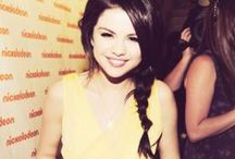 Selena Gomez / She is my IDOL.