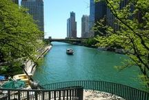 Chicago Moving Guide / Your guide to moving in and around Chicago.