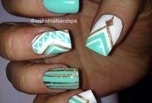 nails / by Kristin Van Zandt 👑