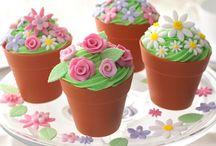 Adorable Cupcakes & Mini Cakes