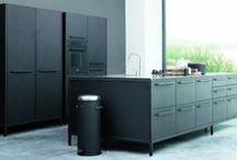 JKO maatwerk design / Design keukens door Janssen en Ko tot in de puntjes strak uitgevoerd...