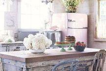 Rustic Kitchen Decor / Country kitchen ideas
