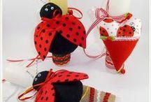 Πασχαλινές χειροποίητες λαμπάδες, διακοσμητκά. Easter time decoration / Χειροποίητα Πασχαλινά στολίδια και διακοσμητικά. Πασχαλινές λαμπάδες διακοσμημένες με χειροποίητες υφασμάτινες κατασκευές.  Πληροφορίες mail: tyxero.koympi@gmail.com